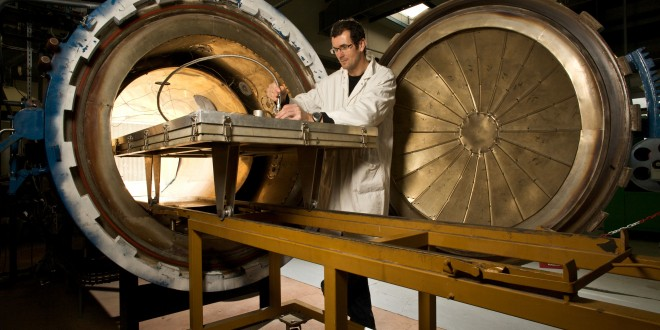 Tonon Xavier, technicien.Autoclave (temperature, pression).Arkema.