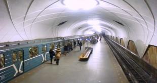 Aeroport_metro_station_Moscow_2